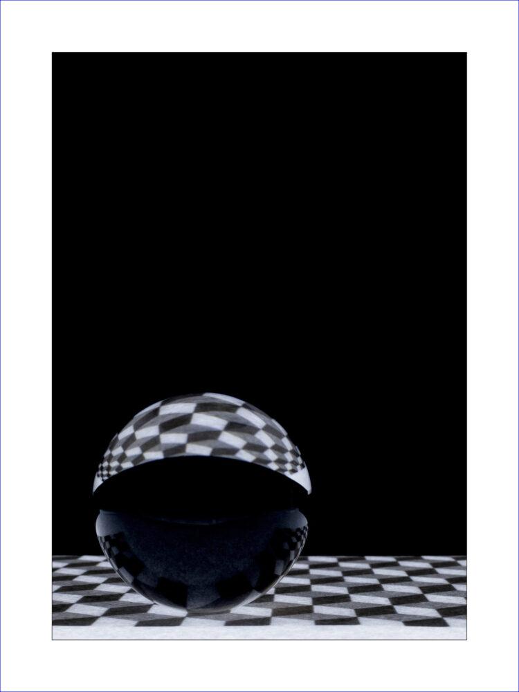Chessboard & Ball 2286